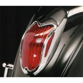 Highway Hawk Chrome Tail Light Cover   Vulcan 900 / Mean Streak